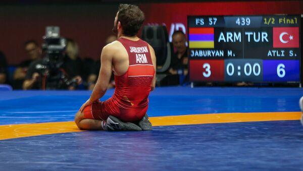 Мигран Джабурян по окончании полуфинального поединка Чемпионата Европы по вольной борьбе (14 февраля 2020). Рим - Sputnik Արմենիա
