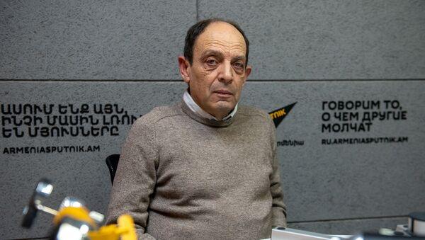 Председатель Хельсинкского комитета Армении Аветик Ишханян - Sputnik Արմենիա