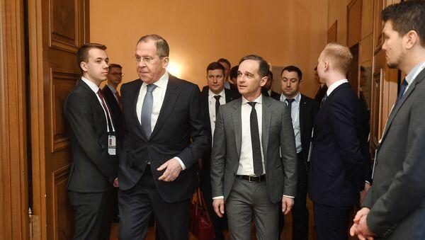 Министр иностранных дел России Сергей Лавров (2ndL) и его немецкий коллега Хейко Маас на 56-й Мюнхенской конференции по безопасности, которая проходит с 14 по 16 февраля (15 февраля 2020). Мюнхен, Южная Германия - Sputnik Армения