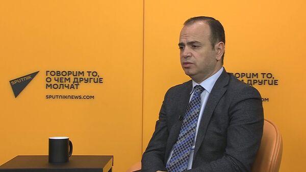 Как Заре Синанян предлагает решить вопрос репатриации - Sputnik Արմենիա