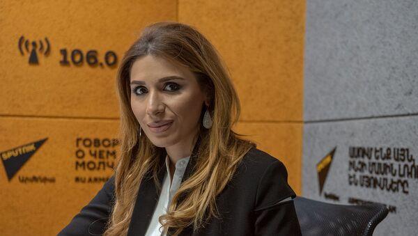 Исполнительный директор Международного центра по развитию парламентаризма Гоар Мелоян - Sputnik Արմենիա