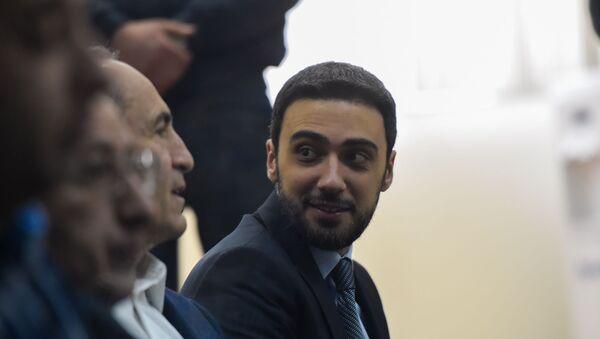 Адвокат Роберта Кочаряна Арам Вартеванян на судебном заседании по делу 1 марта (25 февраля 2020). Еревaн - Sputnik Армения