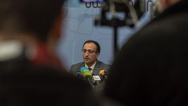Министр здравоохранения Арсен Торосян на пресс-конференции по теме коронавируса (1 марта 2020). Еревaн - Sputnik Արմենիա