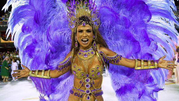 Участница Бразильского карнавала в Рио-де-Жанейро - Sputnik Армения
