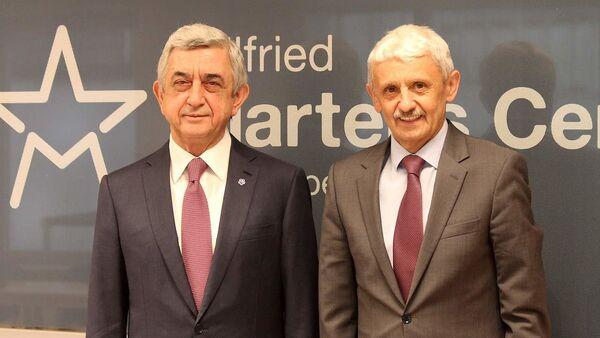Серж Саргсян встретился с председателем Центра европейских исследований Вильфред Мартенс Микулашем Дзуриндой (5 марта 2020). Брюссель - Sputnik Армения