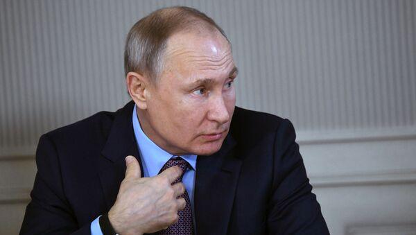 Президент России Владимир Путин  - Sputnik Армения