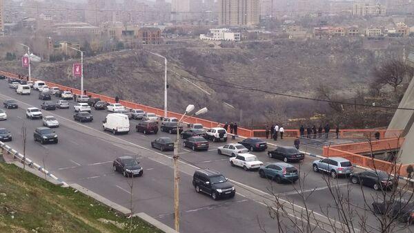 Мост в районе Давиташен (7 марта 2020). Еревaн - Sputnik Արմենիա