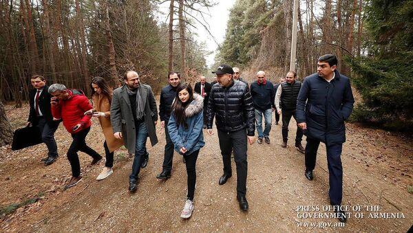 Премьер-министр Никол Пашинян посетил Лорийскую область (8 марта 2020).  - Sputnik Արմենիա