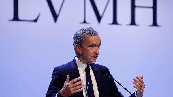 Исполнительный директор LVMH luxury group Бернар Арно объявляет результаты за 2019 год (28 января 2020). Париж - Sputnik Արմենիա