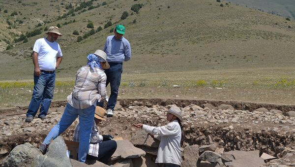 Археологи на Артанишском могильнике - Sputnik Արմենիա
