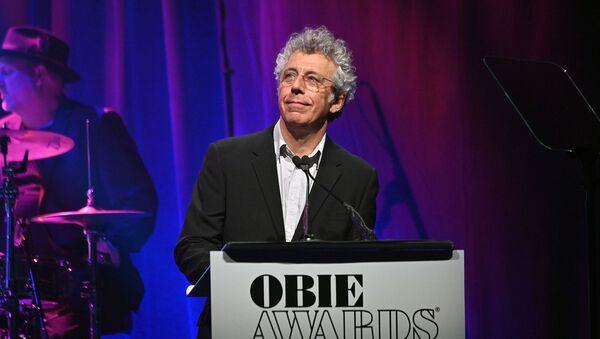 Эрик Богосян на сцене во время 64-й ежегодной премии Obie Awards (20 мая 2019). Нью-Йорк - Sputnik Արմենիա