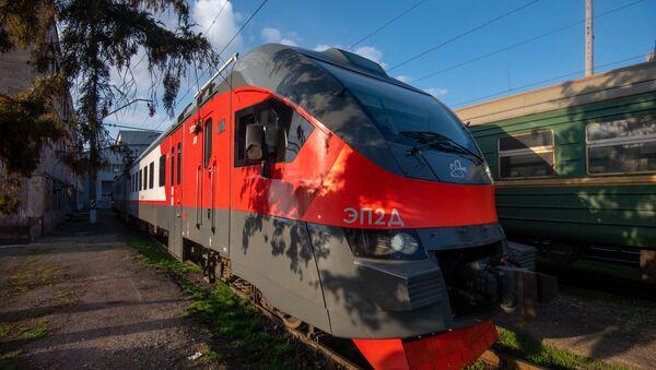 Поезд в ереванском депо ЮКЖД (21 марта 2020). Еревaн - Sputnik Армения