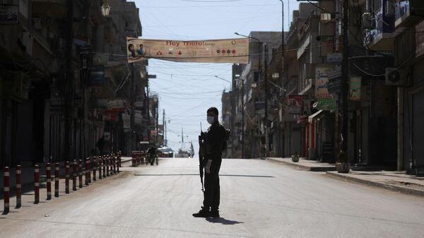 Закрытые магазины в Эль-Камышлы в Сирии - Sputnik Արմենիա