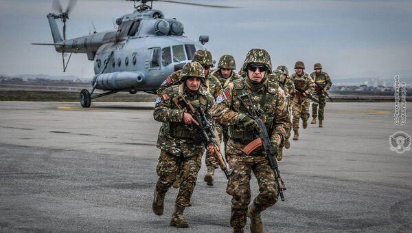 Показательные учения по оперативной организации и службе действий армянских миротворцев, осуществляющие миссию в Косово - Sputnik Армения