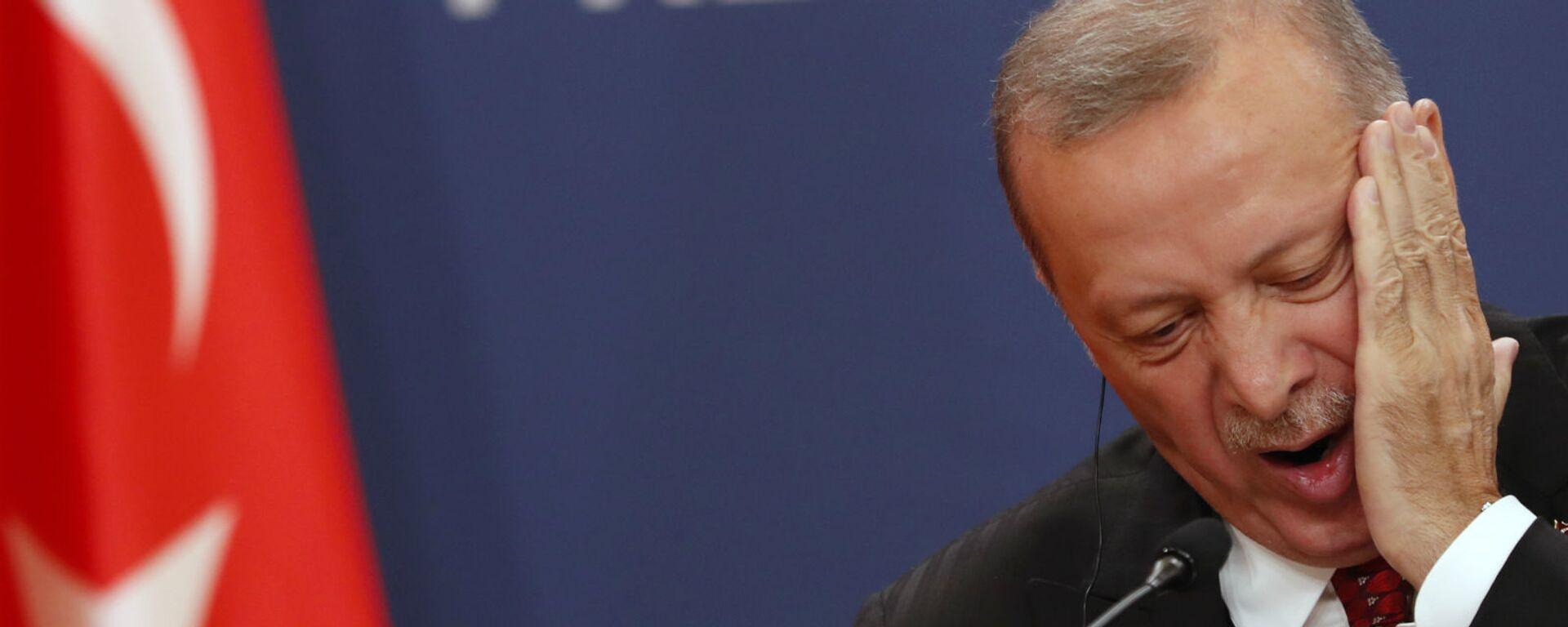 Президент Турции Реджеп Тайип Эрдоган на пресс-конференции (7 октября 2019). Белград, Сербия - Sputnik Армения, 1920, 10.09.2021
