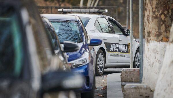 Полицейский автомобиль в Тбилиси - Sputnik Արմենիա