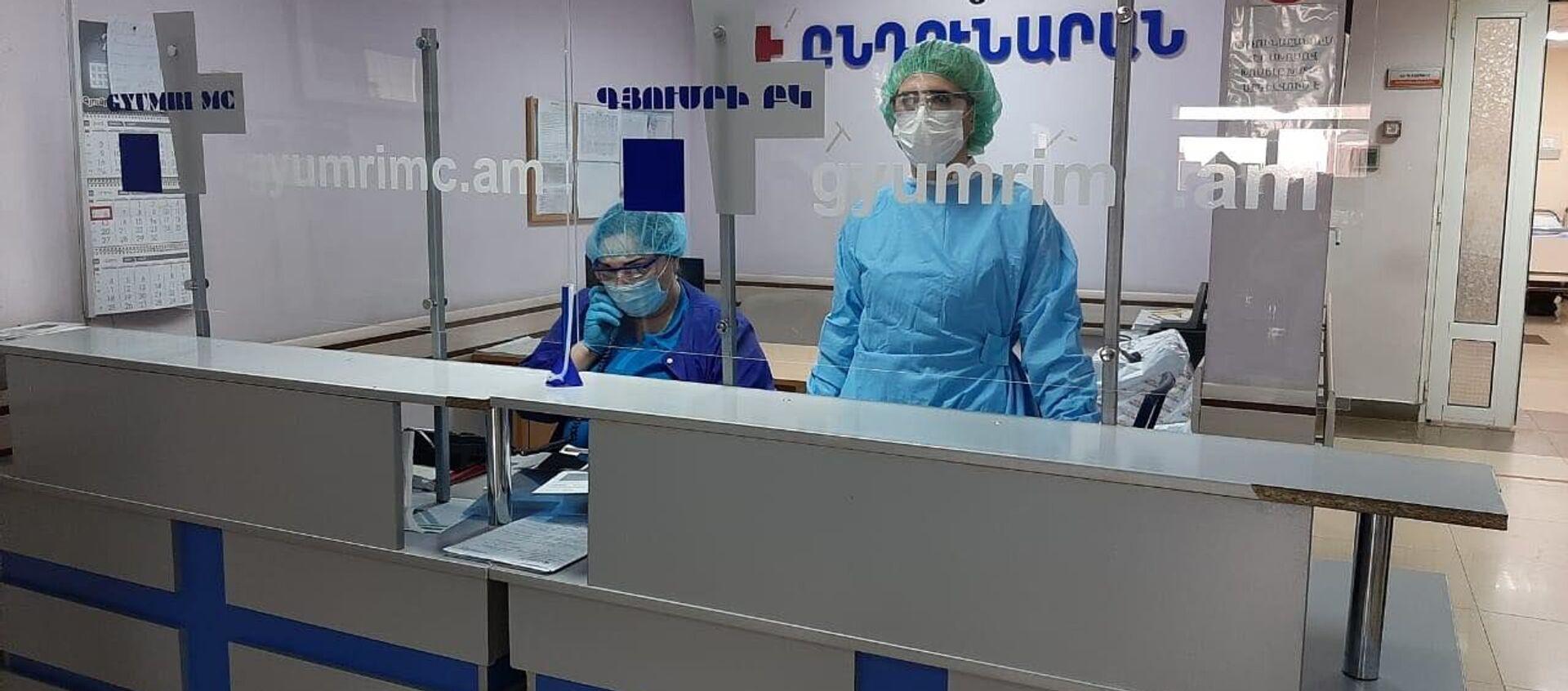 Медицинский центр Гюмри (6 апреля 2020). Гюмри - Sputnik Армения, 1920, 05.07.2021
