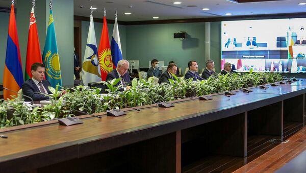 Межправительственный совет ЕЭК (10 апреля 2020). Москвa - Sputnik Армения
