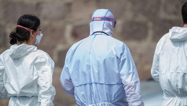 Медицинский персонал инфекционной больницы Норк - Sputnik Армения