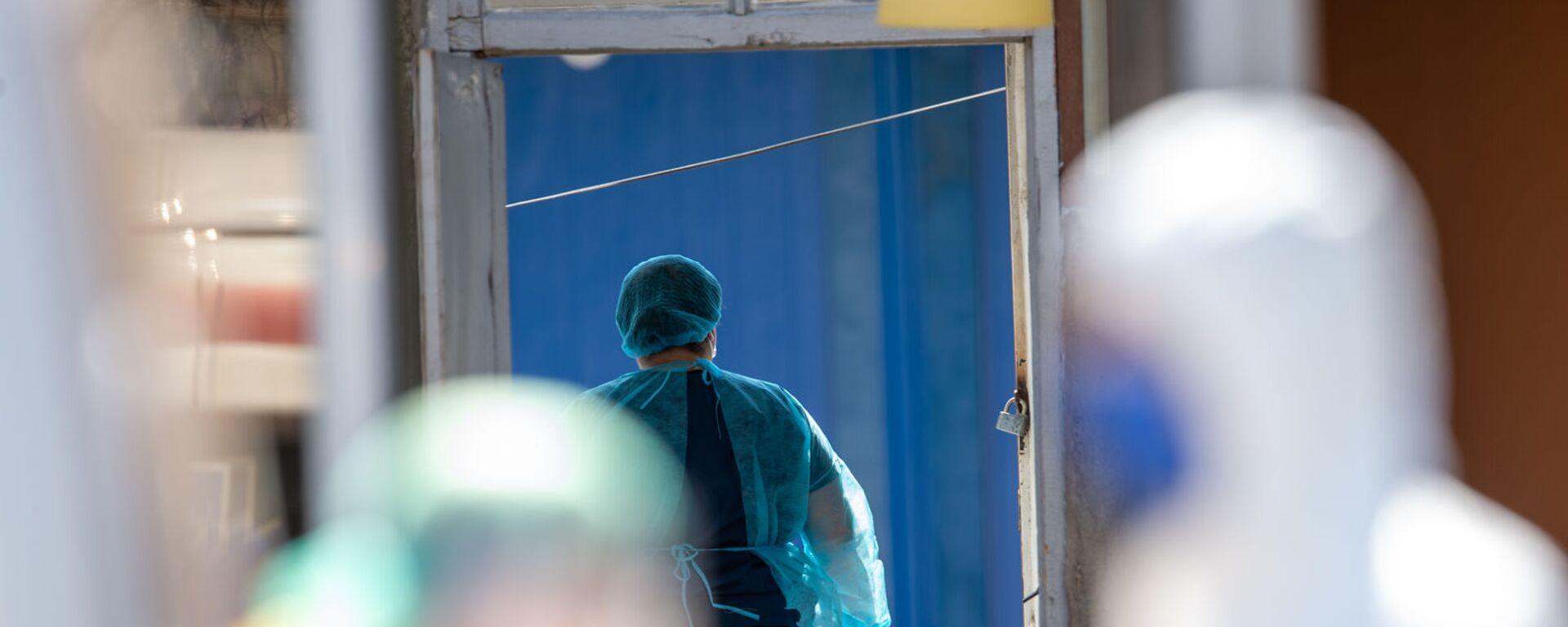 Медицинский персонал инфекционной больницы Норк - Sputnik Արմենիա, 1920, 04.08.2021