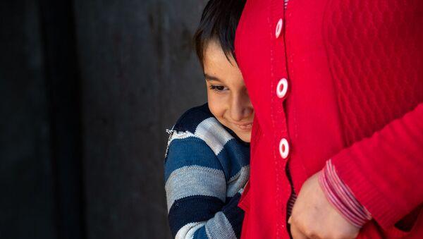 Маленький Нарек из семьи Саркисянов (14 апреля 2020). село Джрашен - Sputnik Армения