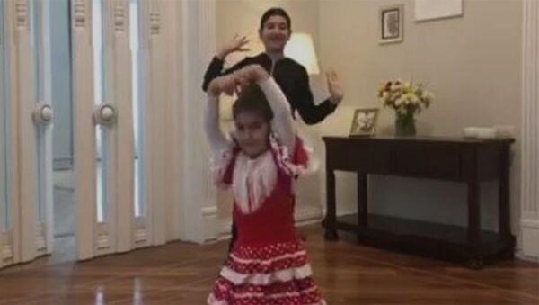 Испанское фламенко от Арпи и Шушан Пашинян - Sputnik Արմենիա