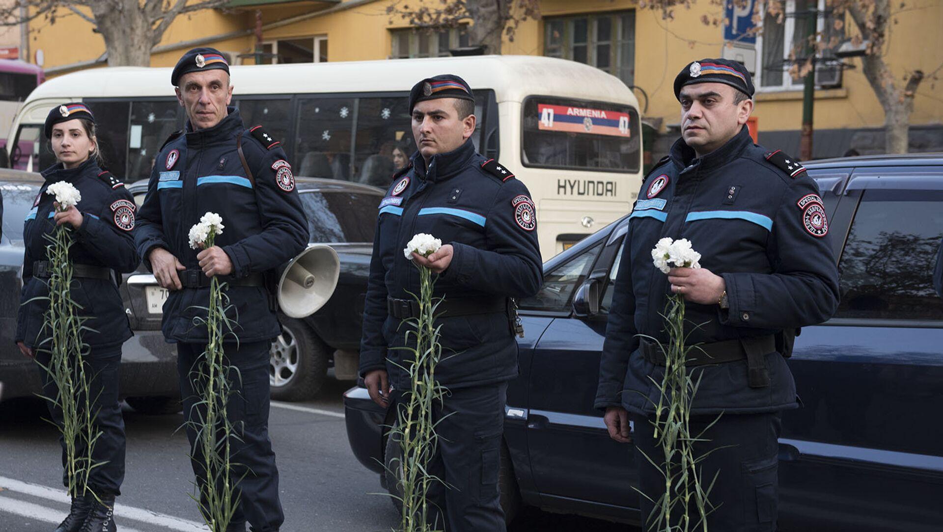 Полицейские  - Sputnik Արմենիա, 1920, 08.02.2021