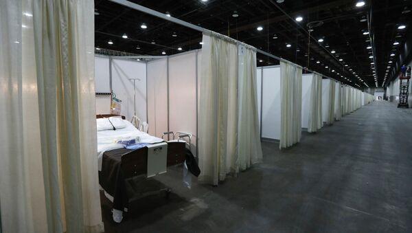Больничные палаты в одном из временных больничных модулей в Центре ФТС (6 апреля 2020). Детройт - Sputnik Արմենիա
