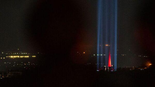 Вечный огонь: армяне осветили дорогу памяти к мемориалу жертв Геноцида - Sputnik Армения
