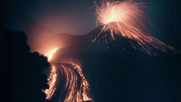Извержение вулкана Ключевская сопка - Sputnik Армения