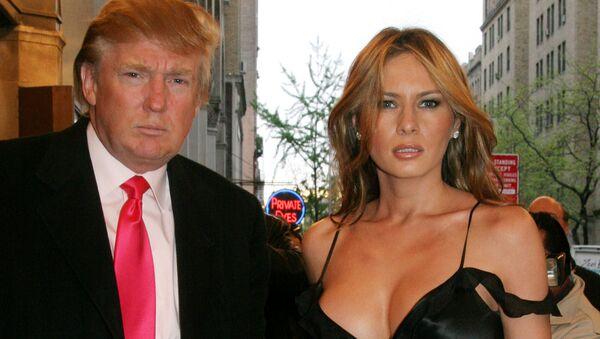 Дональд Трамп с женой Меланией на вечере Sweet Charity Christina Applegate в Нью-Йорке  - Sputnik Արմենիա