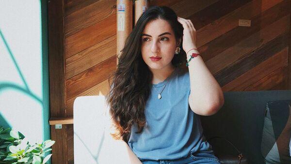 Что читает Instagram-блогер Мэри Марти - и нам советует - Sputnik Армения