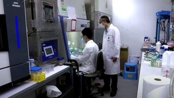 В Китае изобрели новое средство, которое дезинфицирует поверхности от COVID-19 до 90 дней - Sputnik Армения