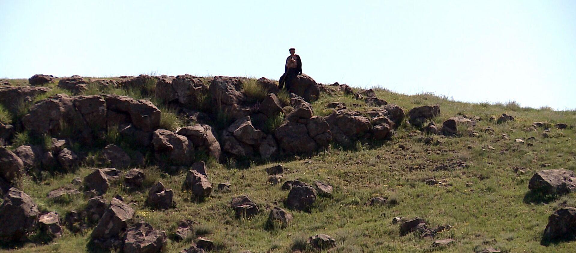 Миран Коч у руин Ани - Sputnik Армения, 1920, 06.05.2020