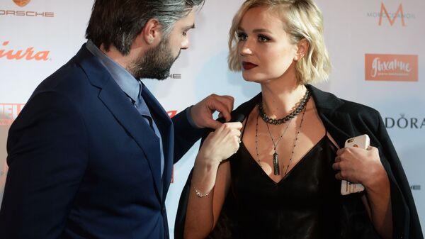 Певица Полина Гагарина и фотограф Дмитрий Исхаков - Sputnik Армения