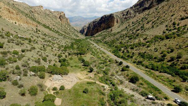 Виноградник в каньоне Гнишикадзор - Sputnik Армения