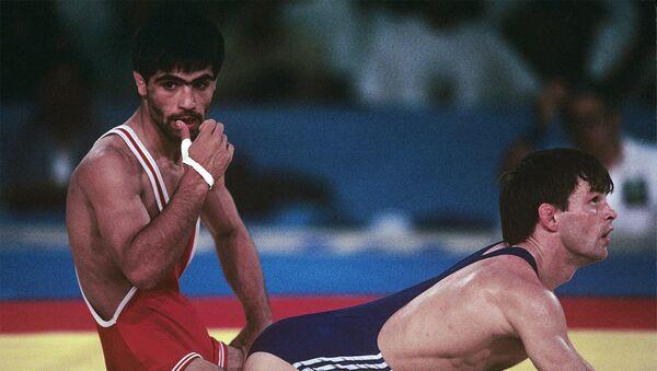 Альфред Тер-Мкртчян (слева) на XXV летних Олимпийских играх - Sputnik Արմենիա