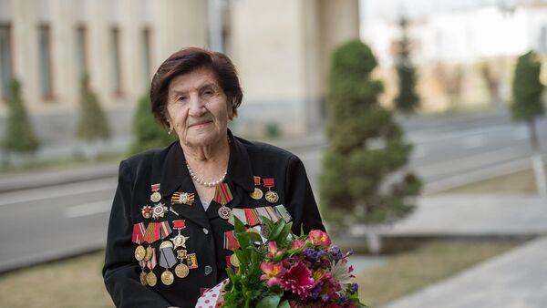 Ветеран Розалия Абгарян - Sputnik Армения