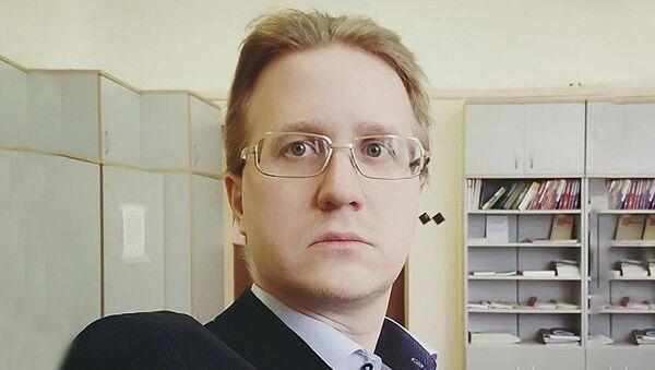Эксперт Станислав Митрахович - Sputnik Армения