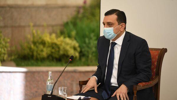 Ректор ЕрМУ Армен Мурадян во время обсуждения по предотвращению ситуации с коронавирусом в Армении (9 июня 2020). Еревaн - Sputnik Армения