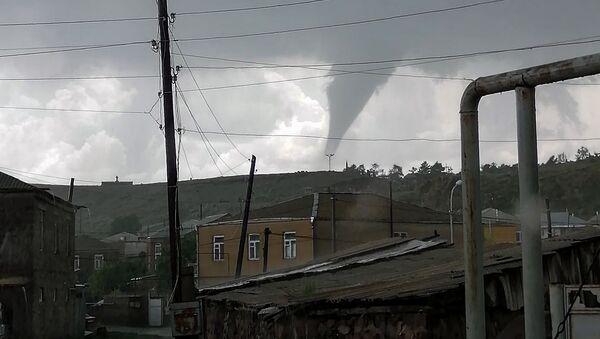 Торнадо в Гегаркунике (11 июня 2020). Гавар - Sputnik Армения