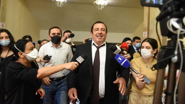 Гагик Царукян на заседании Парламента по вопросу лишения Гагика Царукяна депутатской неприкосновенности (16 июня 2020). Еревaн - Sputnik Армения