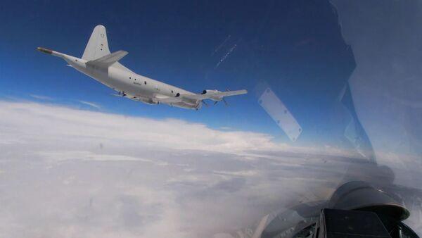 Су-27 перехватили американские бомбардировщики В-52H над Балтикой - Sputnik Армения