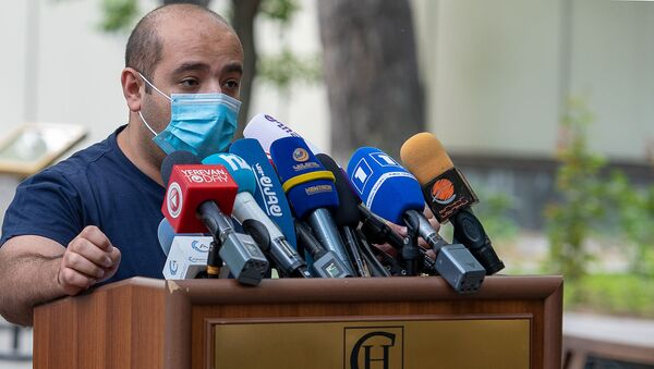 Адвокат Роберта Кочаряна Ованнес Худоян на пресс-конференции (19 июня 2020). Еревaн - Sputnik Արմենիա