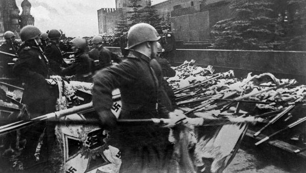 Парад Победы на Красной площади в Москве 24 июня 1945 года в ознаменование разгрома фашистской Германии во Второй мировой войне - Sputnik Արմենիա