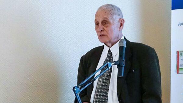 Заведующий отделом Национального исследовательского центра эпидемиологии и микробиологии Минздрава РФ Александр Бутенко - Sputnik Армения
