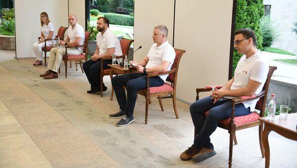 Президент Армен Саркисян принимает группу медработников из Литвы (30 июня 2020). Еревaн - Sputnik Армения