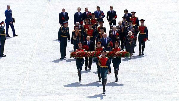 Путин и Лукашенко на открытии Ржевского мемориала советскому солдату - Sputnik Армения