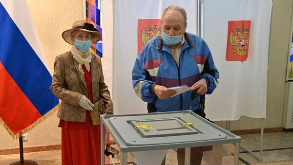 Голосование по поправкам в Конституцию России: как оно проходило в странах ближнего зарубежья - Sputnik Армения