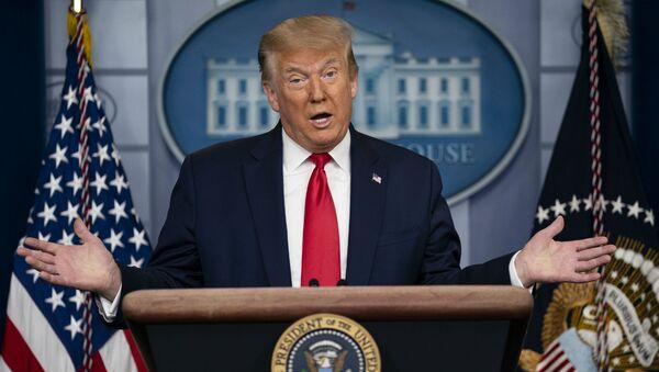 Президент США Дональд Трамп на брифинге в Белом Доме (2 июля 2020). Вашингтон - Sputnik Армения